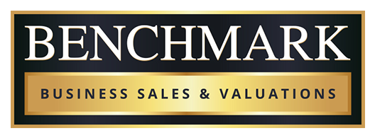 benchmark logo 2